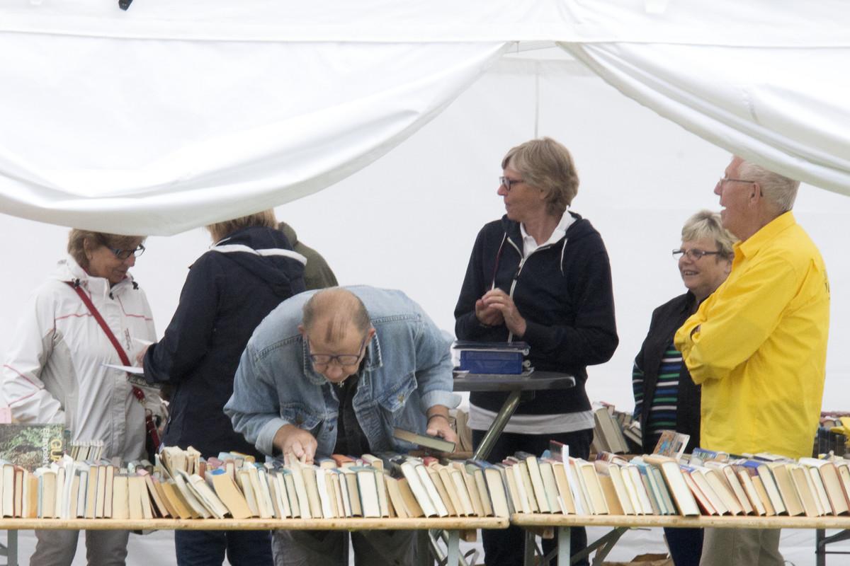 Bokbordet med begagnade böcker BID 2015
